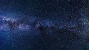 Odległe gwiazdy dokładnie widoczne dzięki pracy zespołowej teleskopów